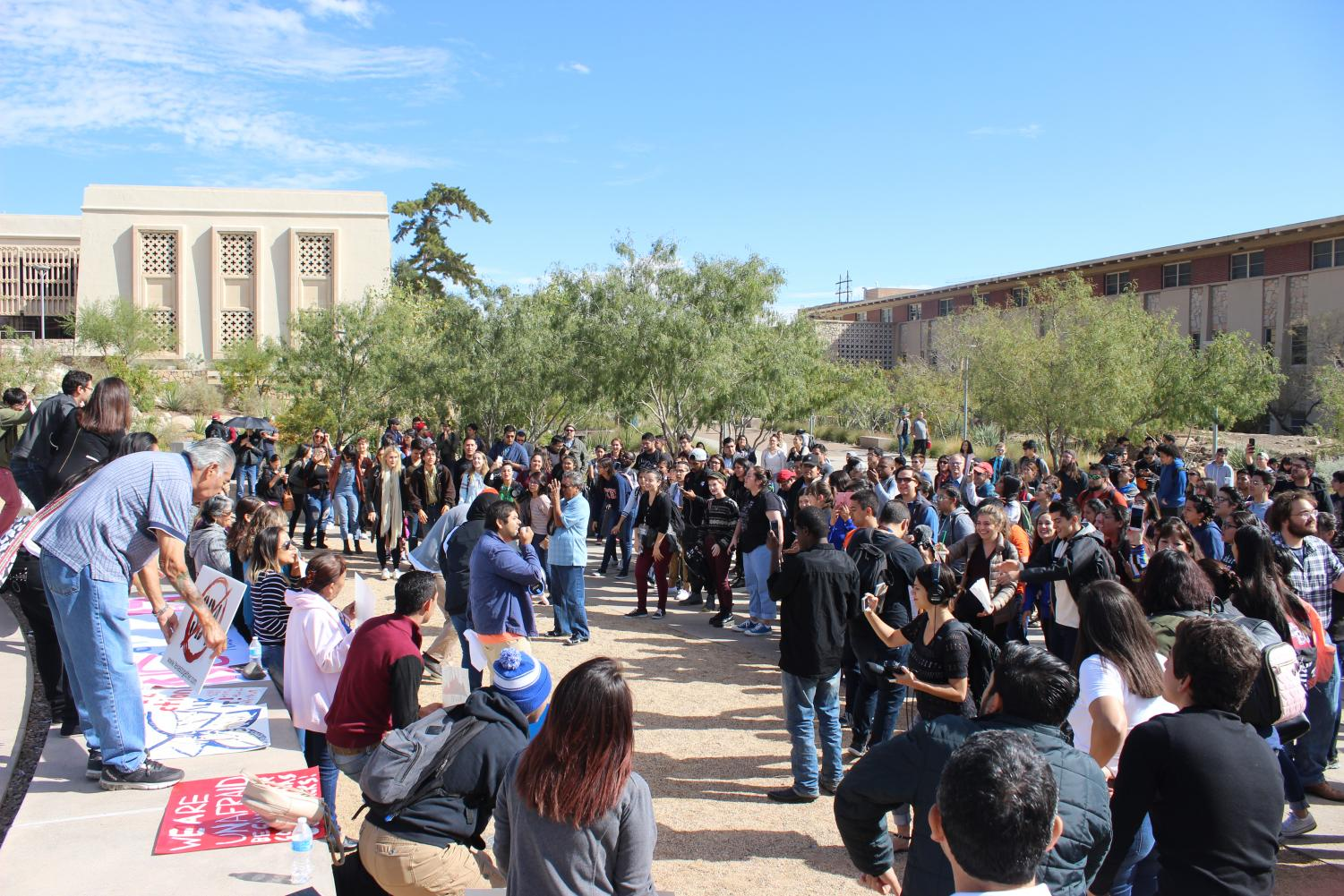 Students+who+participated+in+the+walk+out+called+for+Utep+President+Diana+Natalicio+to+show+public+support+for+DACA+recipients.+