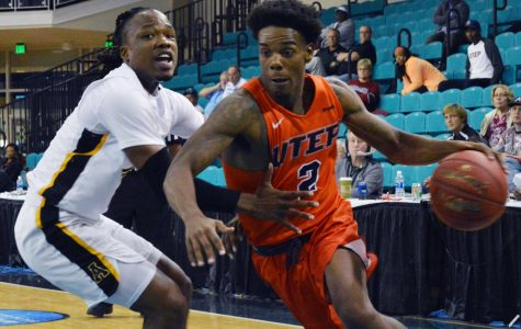Men's basketball finishes last in Puerto Rico Tip-Off