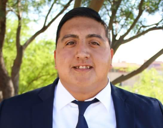 Rigoberto Gonzalez is about to graduate with a major in marketing.