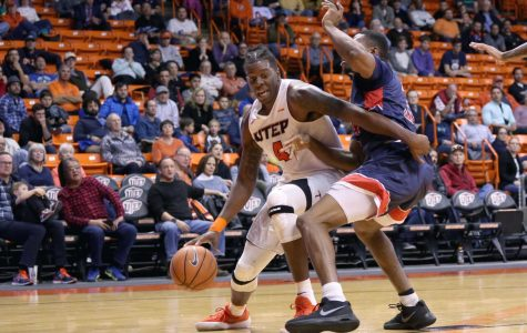 Smith leads Miners to victory in first round of Sun Bowl Invitational