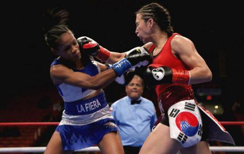 Jennifer Han (right) battled Lilian Martinez (left) on Oct. 16, 2016 at the Don Haskins Center. Han will face the No.1 contender Lizbeth Crespo on Feb. 17, at the Don Haskins Center.
