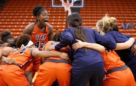 Women's basketball looks to end homestand on a high note