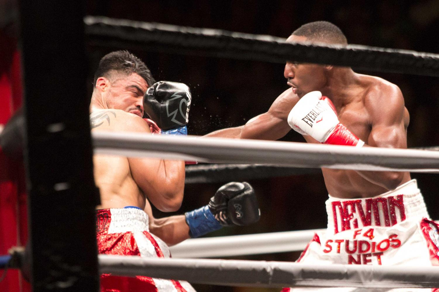 Victor+Ortiz+and+Devon+Alexander+ended+in+a+draw.+