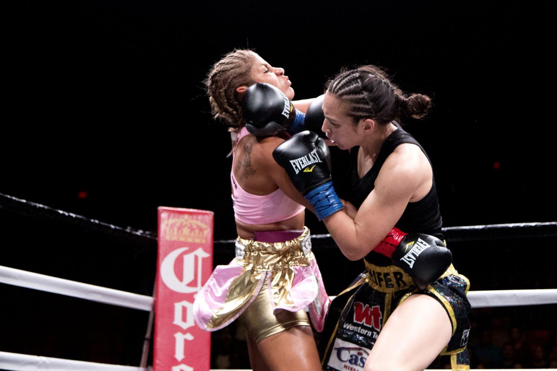 Jennifer+Han+and+Lizbeth+Crespo+get+aggressive+during+the+fight.+