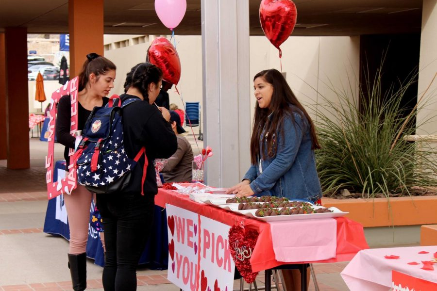 SGA holds Valentine's themed fest at the Union Breezeway