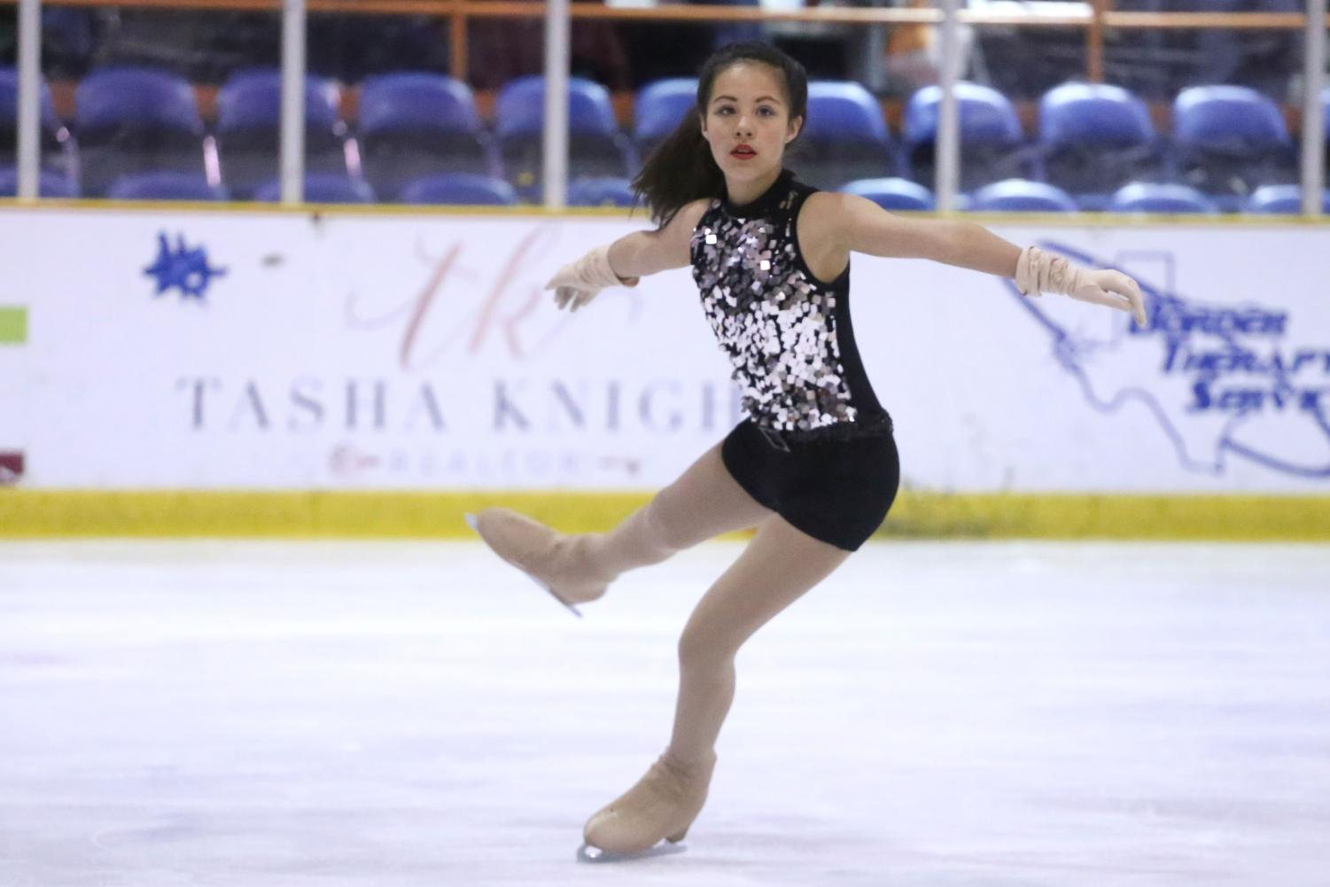Performer+has+been+skating+for+only+two+years%2C+but+has+been+traveling+for+figure+skating+competitions.+