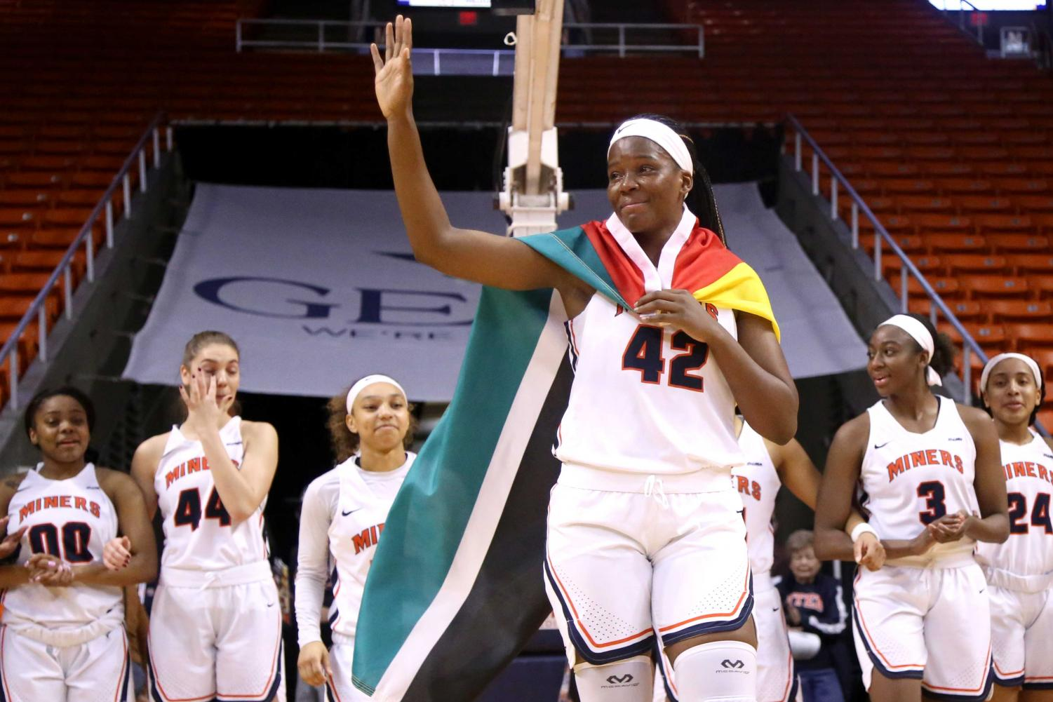 Senior+forward+Tamara+Seda+takes+in+the+pre+game+ovation+from+the+UTEP+faithful+center+court+on+Saturday%2C+March+3+at+the+Don+Haskins.+