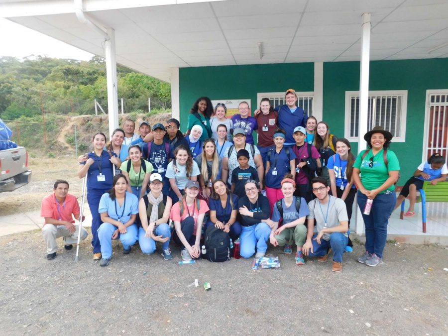 UTEP+Medical+Brigades+pose+with+students+from+St.+Louis+University