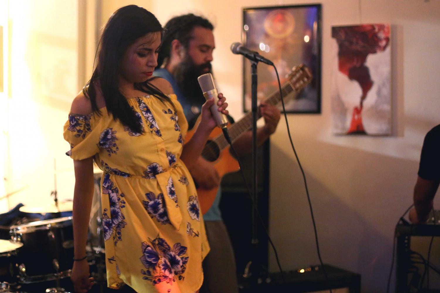 Helen+Vargas+sings+with+her+band+Dulce+Mal+at+day+two+of+Locals+Week+on+Wednesday%2C+June6+at+Craft+and+Social.+