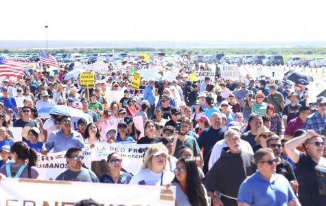Hundreds gather at the Tornillo- Guadalupe Port of Entry to show support for immigrant children