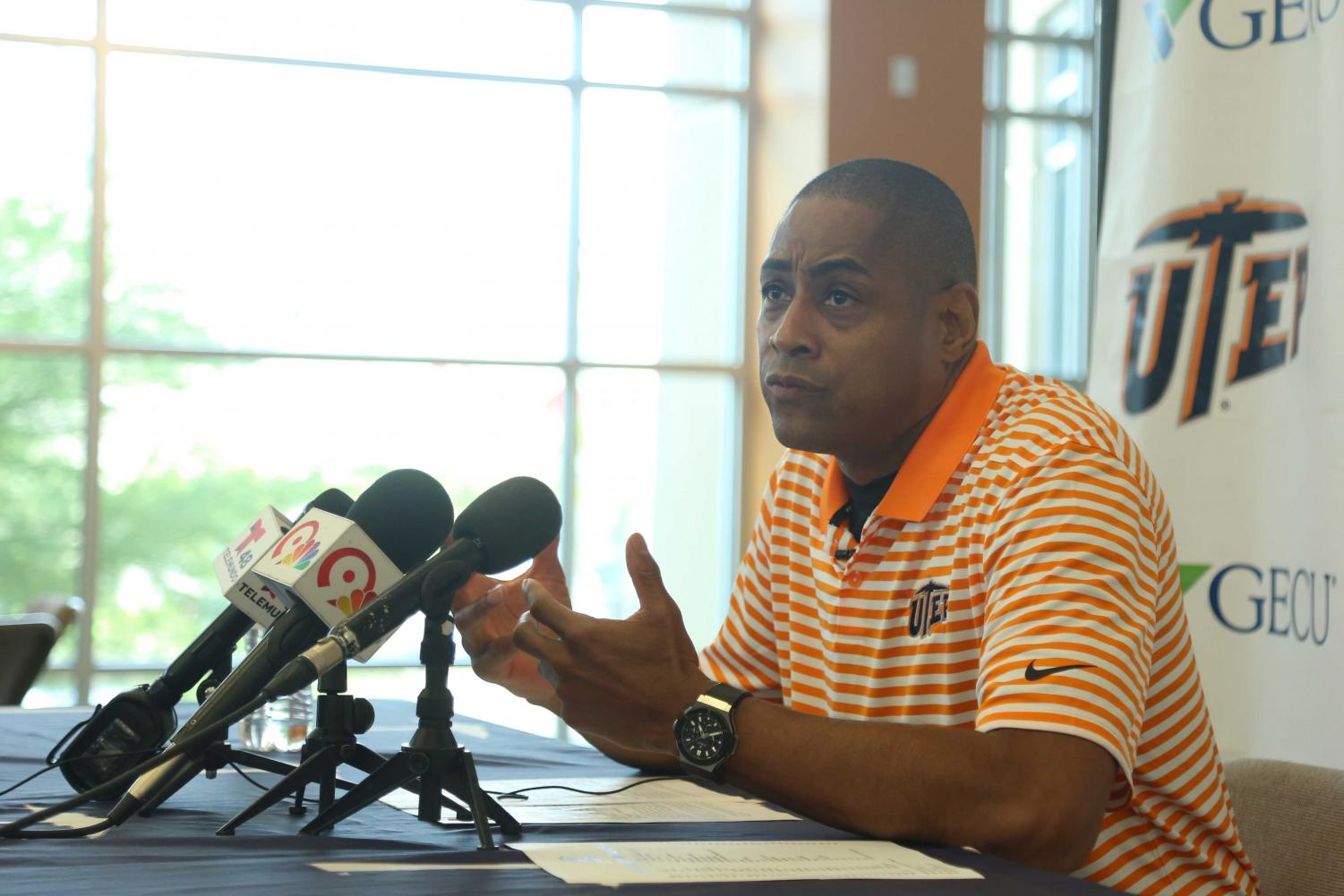Coach Rodney Terry announced his 2018-19 Miners basketball schedule.
