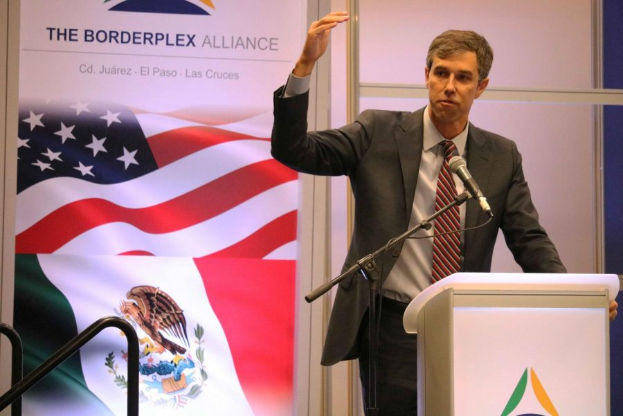Congressman+Beto+O%E2%80%99Rourke+stops+by+El+Paso+and+welcomes+the+audience+to+the+2018+U.S.-Mexico+Border+Summit.