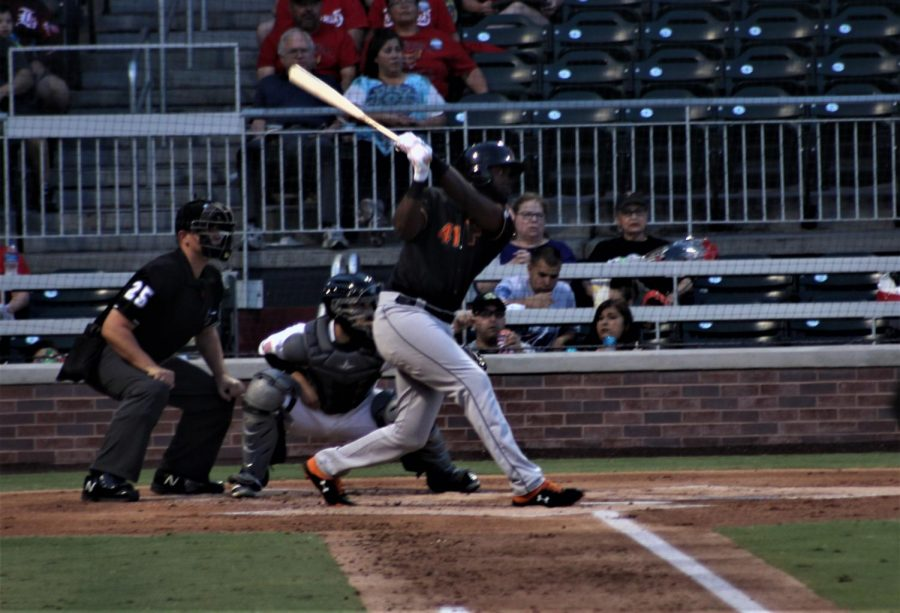 Fresno+Grizzlies+player+Yordan+Alvarez+hits+the+ball+at+the+game+against+the+Chihuahuas+on+Wednesday%2C+Sept.+5+at+Southwest+University+Park.+