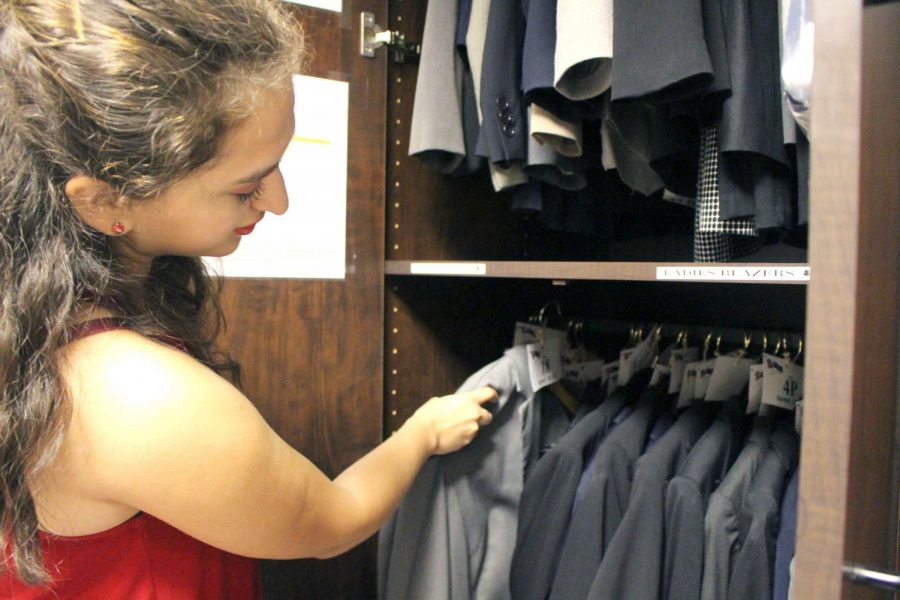 Career+Center+offering+services+for+students+to+dress+to+impress