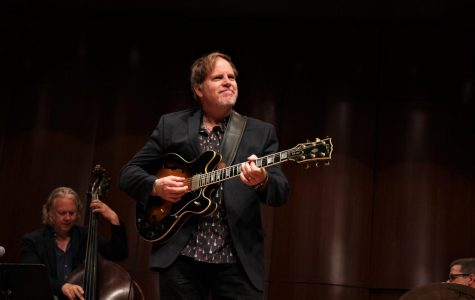 Jazz guitarist Dave Stryker performs with UTEP musicians