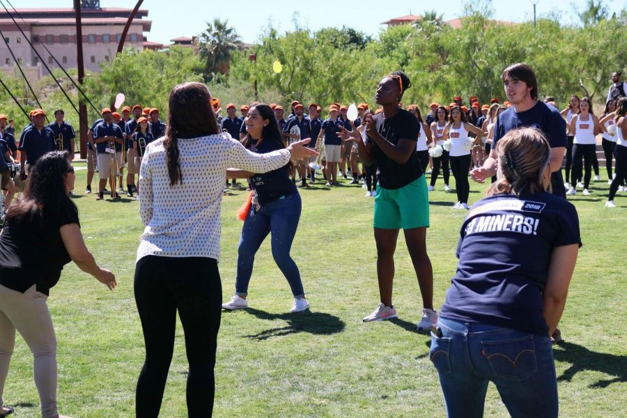 Students could enjoy games and activities during the Homecoming event.