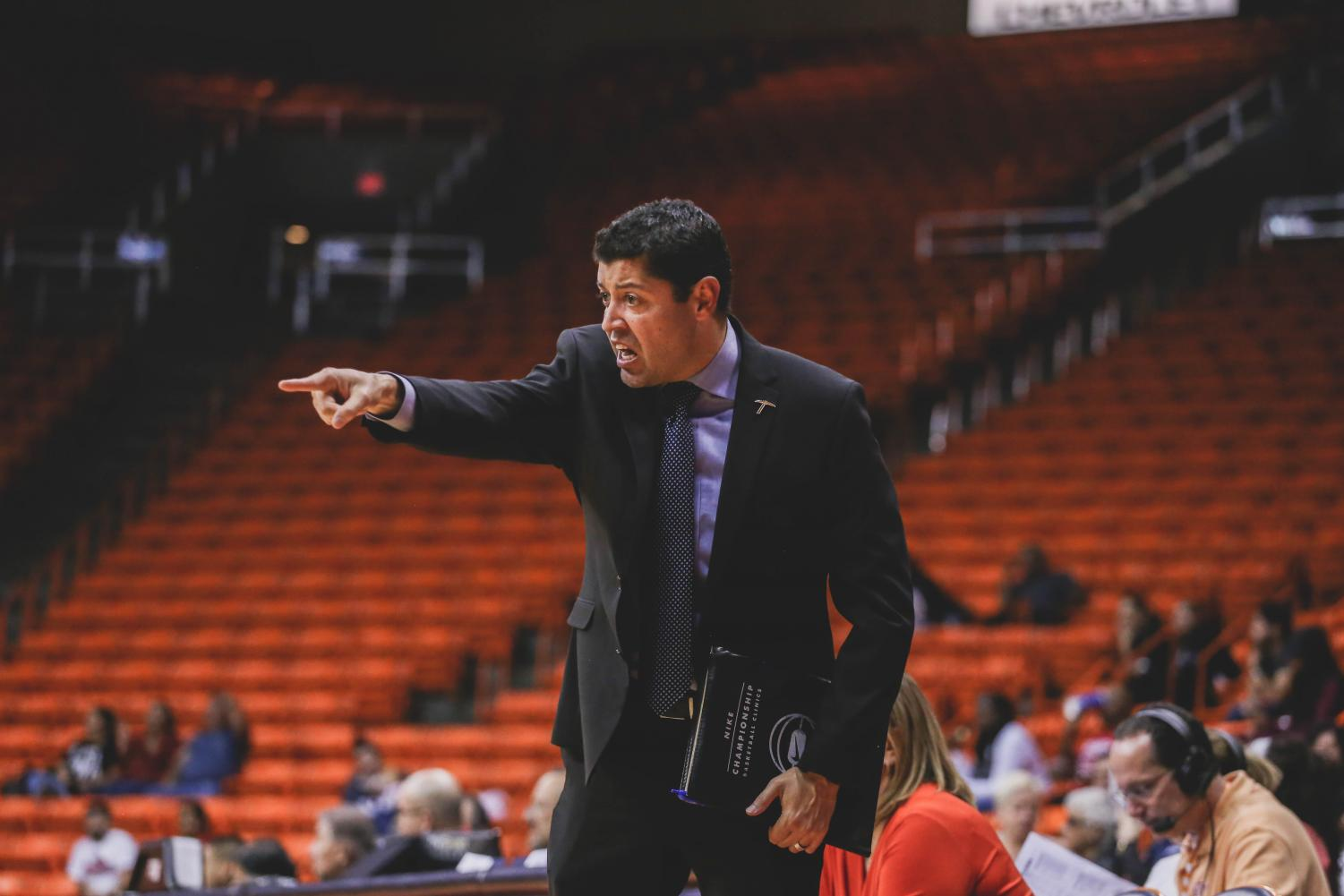 Assistant+Coach+Michael+Madrid+will+be+named+the+head+coach+at+Texas+A%26M-Kingsville