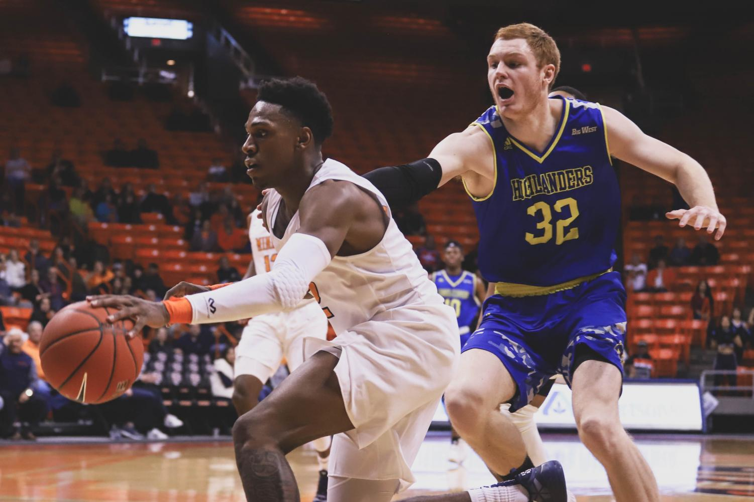 The+Miners+celebrate+their+win+against+the+UC+Riverside+Highlanders+at+the+Don+Haskins+Center+on+Saturday%2C+Dec.+16.+