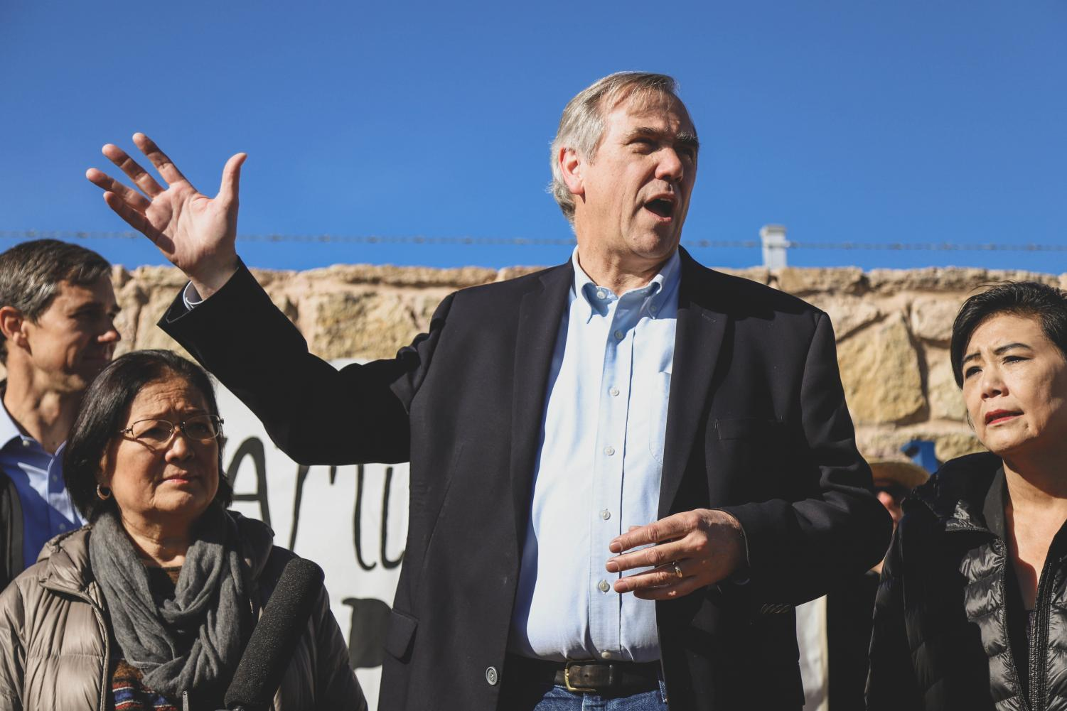 Senator+Jeff+Merkley+addresses+the+media+at+a+rally+outside+of+the+Tornillo+Port+of+Entry+on+Saturday+morning%2C+Dec.+15.+%0A%E2%80%8F%0A