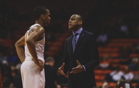 UTEP edges out Charlotte to snap its three game losing streak