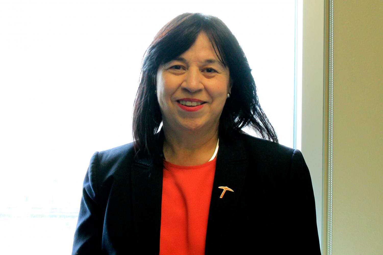 Professor Eva Moya is the new elected president for ALLSWE