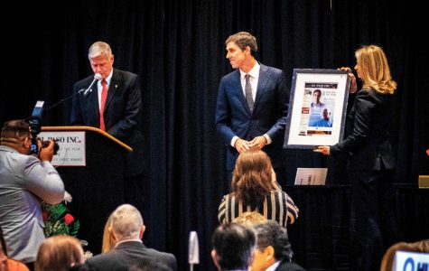 Beto O'Rourke, Ruben Garcia honored in annual El Pasoan of the Year ceremony