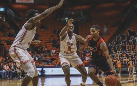 Efficient shooting by FAU outlast UTEP Men's Basketball