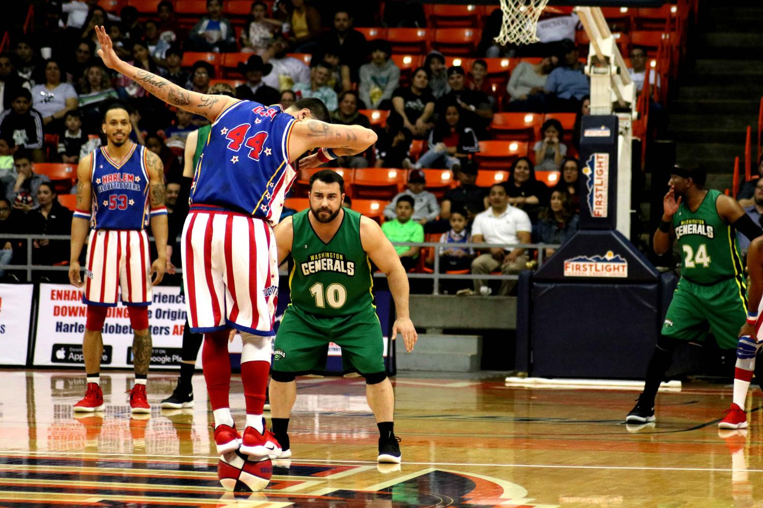 The+Harlem+Globetrotters+play+against+the+Washington+Generals+at+the+Don+Haskins+Center+in+El+Paso%2C+TX%2C+Sunday%2C+March+10%2C+2019.