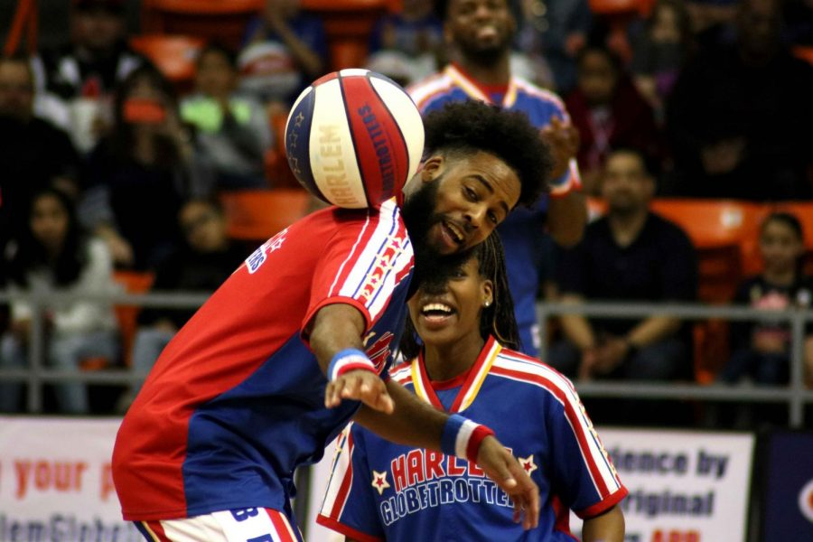 The+Harlem+Globetrotters+perform+their+show+at+the+Don+Haskins+Center+in+El+Paso%2C+TX%2C+Sunday%2C+March+10%2C+2019.
