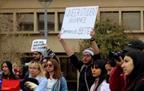 Students protest against Heather Wilson at UTEP