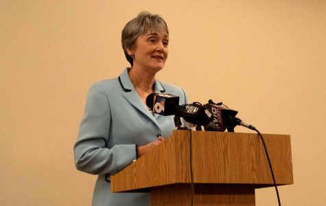 Sole finalist for UTEP presidency, Heather Wilson, visits university