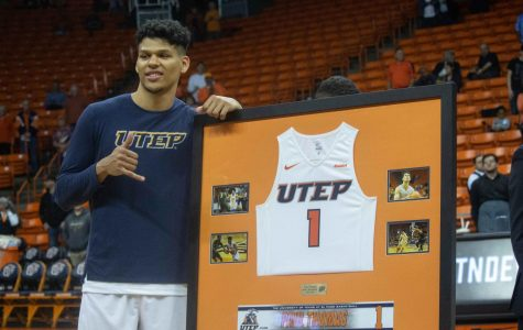 UTEP falls to Blue Raiders in home season finale