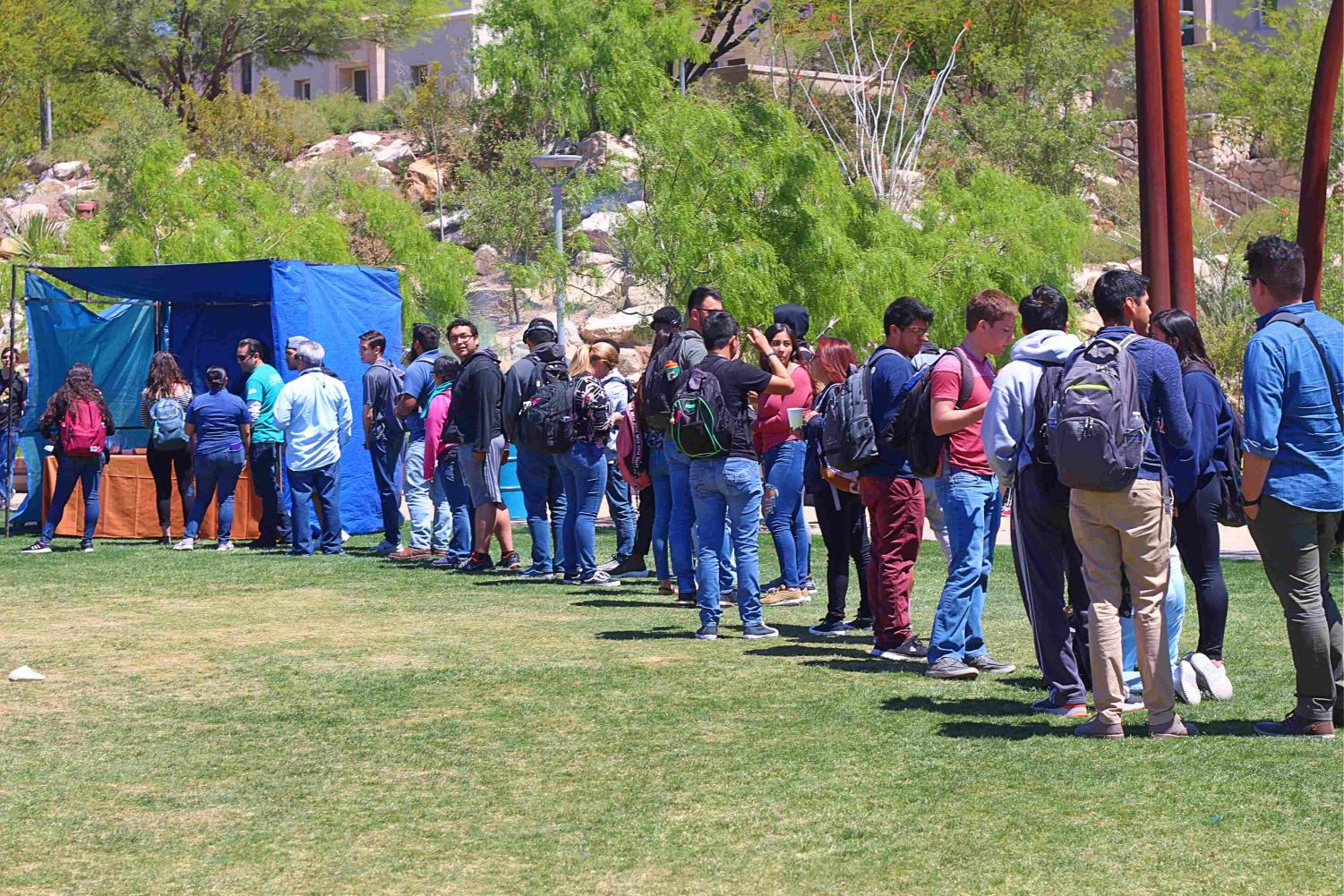 Free+food+at+the+celebration+of+UTEP%27s%C2%A0+Student+Government+Association+%28SGA%29+100+years+of+service+at+Centennial+Plaza.