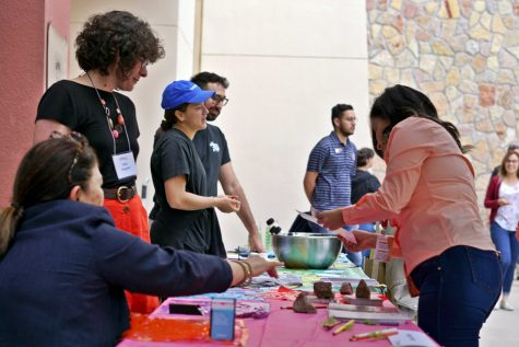 Former UTEP student showcases his love for El Paso through his art
