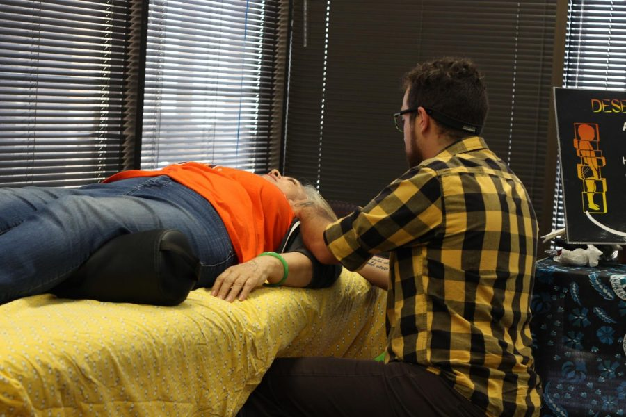 Therapy+massages+at+UTEP+Health+Fair+Wednesday+July+17%2C+2019.