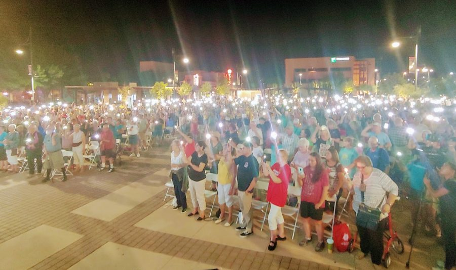 The+City+of+Las+Cruces+held+a+vigil+Monday+evening+as+an+%27expression+of+solidarity%27+with+the+people+of+El+Paso%2C+offering+support+and+sympathy.+The+vigil+took+place+in+the+Plaza+de+Las+Cruces.