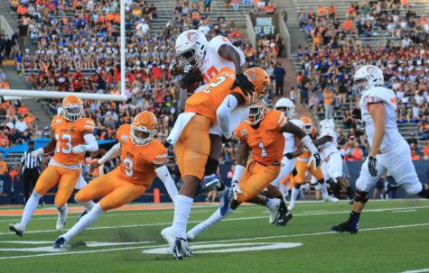 Miners face division leader North Texas
