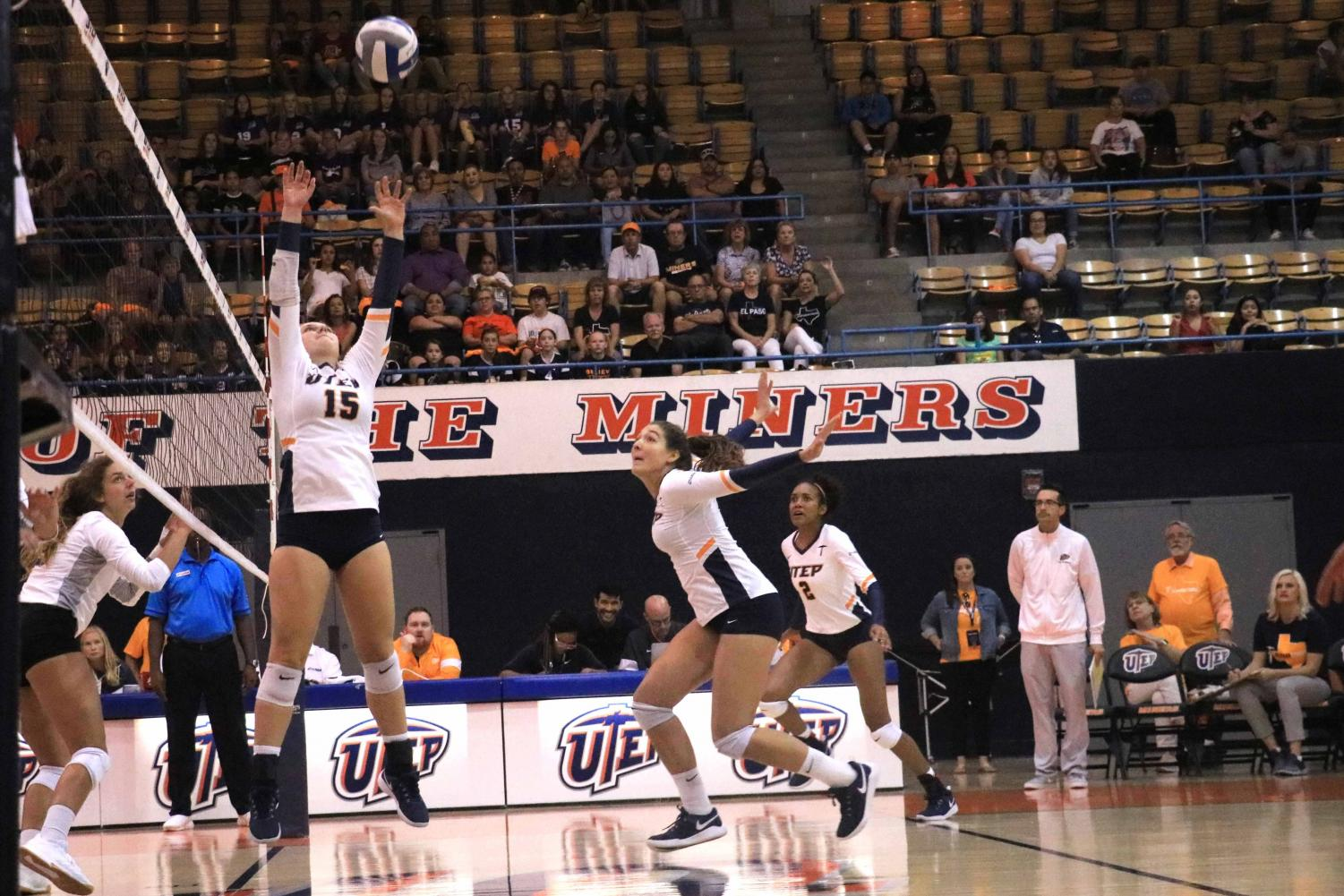 Setter Kristen Fritsche at UTEP's Volleyball game.