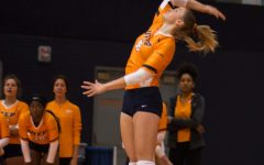 Volleyball split matchups in the Sunshine State