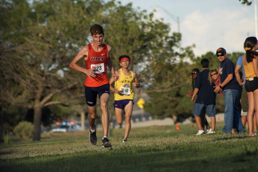 UTEP Cross Country runner Alan Ortiz competes in Lowry Fitzgerald Invitational in El Paso.