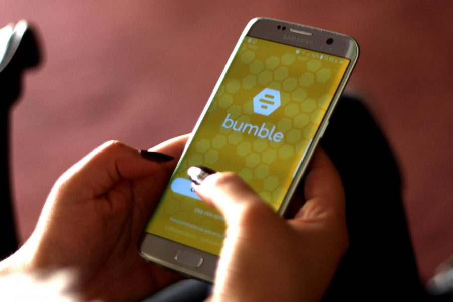 Bumble+is+a+d+social+and+dating+application+that+facilitates+communication+between+interested+users.