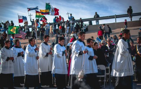 The procession in Ciudad Juarez marks the start of the celebration of Mass on the Border.