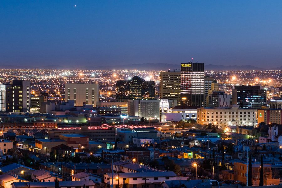 El+Paso+night+skyline.