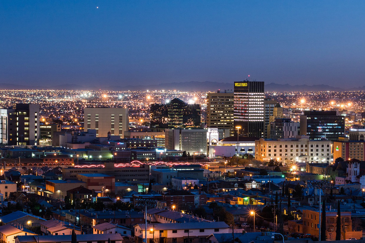 El Paso night skyline.