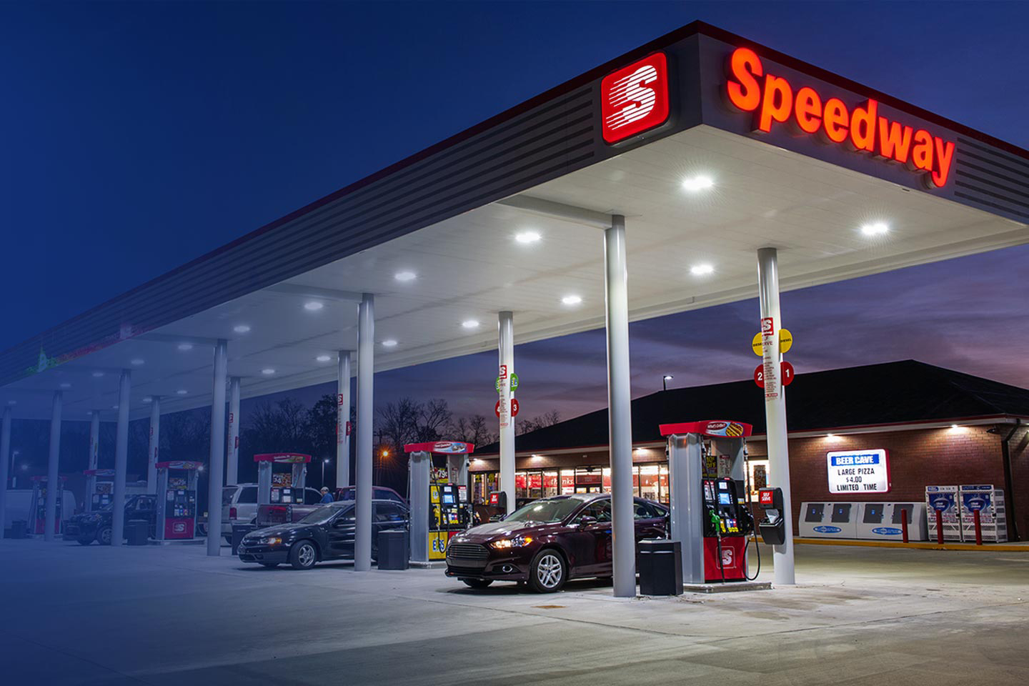 Howdy's gas stations are now turned into Speedway convenience stores.