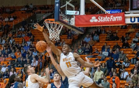 Miners basketball stages historic comeback versus Roadrunners