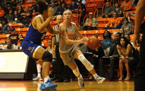 Women's basketball looks to recover after tough road trip