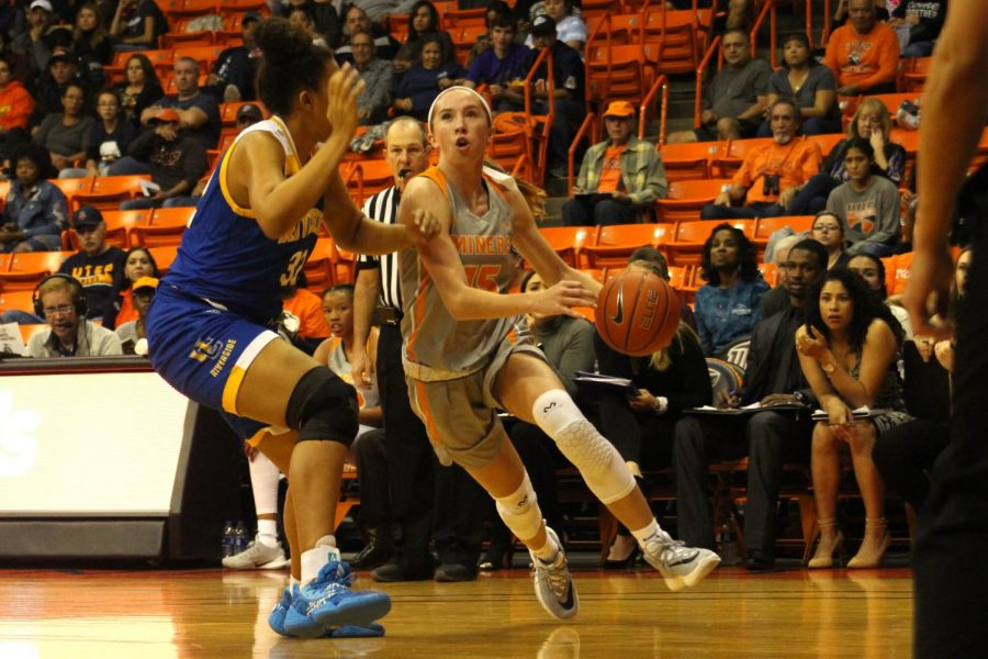 Avery Crouse, freshman playing against Riverside at the Don Haskins Center on Nov. 9, 2019.