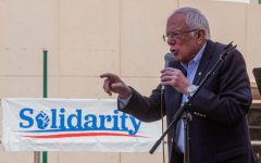 Sanders kicks off statewide tour in El Paso as early voting continues