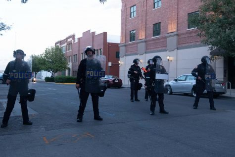 Police standby ready with full riot gear in Downtown El Paso in response to protest June 2, 2020.